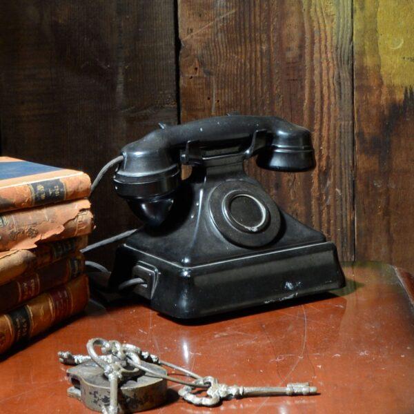 1920's Style Bakelite Telephone