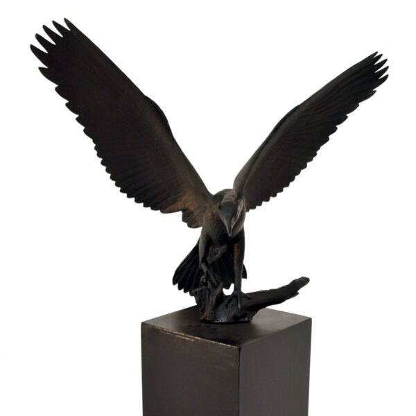 eagle on plinth