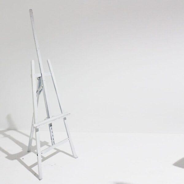 White Wooden Easel-0