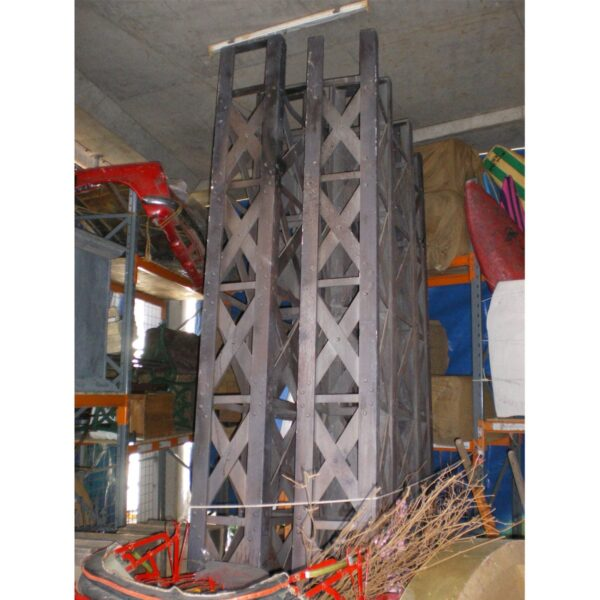 Full Staunchion / Replica Iron Girder-0
