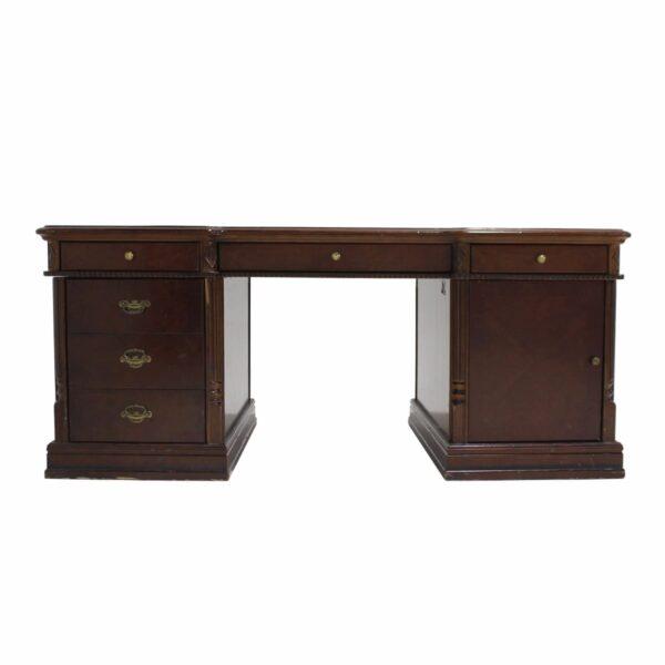 Judge's Desk-19098