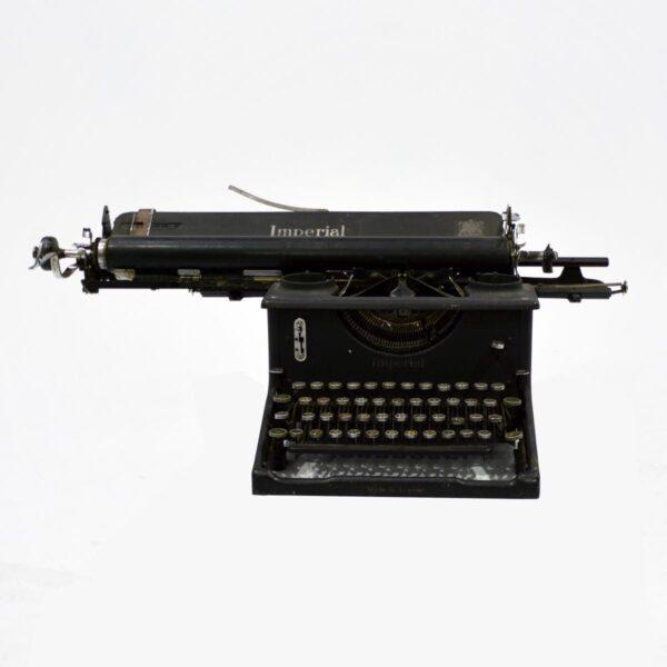 Vintage Underwood Standard Typewriter