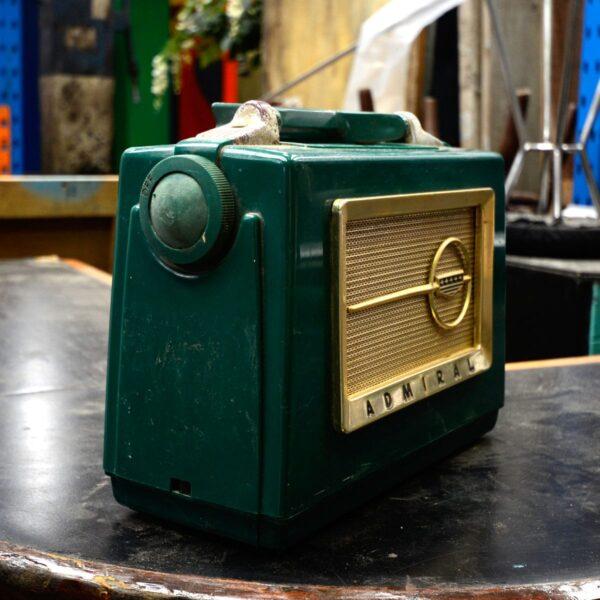 Vintage Portable Admiral Aeroscope Multi-Band Radio