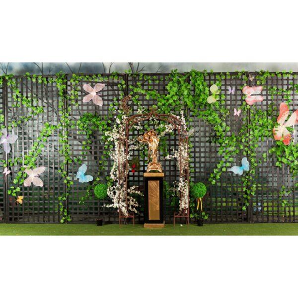 Lattice Flats and Living Wall - fairytale style