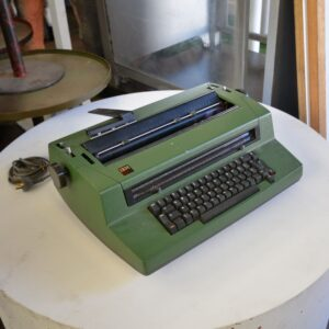 IBM Golf Ball Electric Typewriter Model 670X