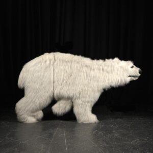 Cutout - Polar Bear with Fur Facing Right