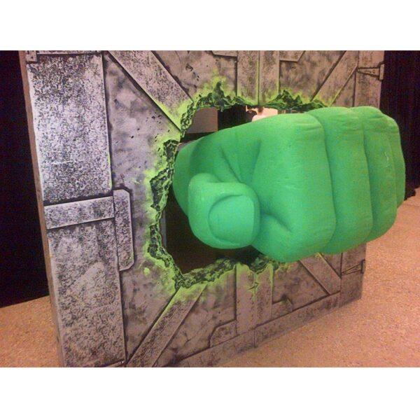 Giant Hulk Fist