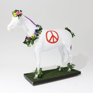 Hippie Horse Lifelike Statue-0