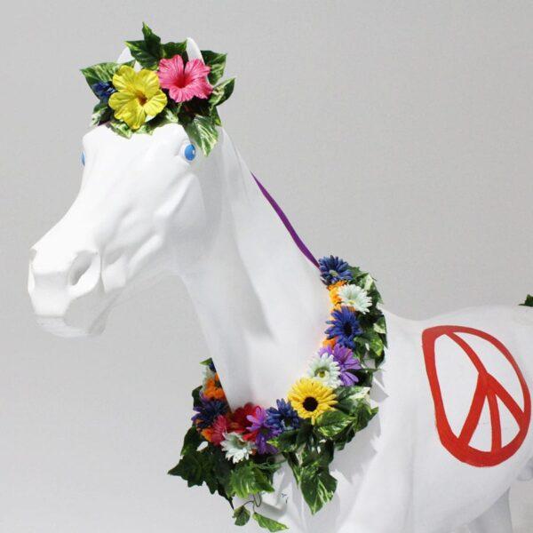 Hippie Horse Lifelike Statue-18380