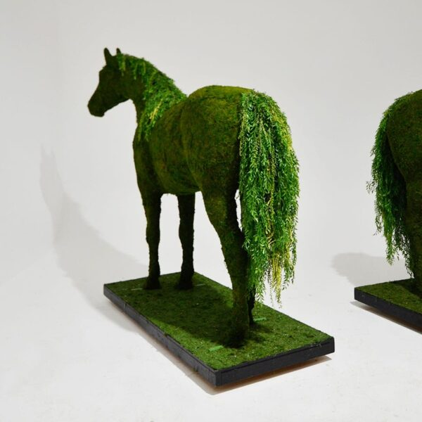 Moss Life Size Horse-18566