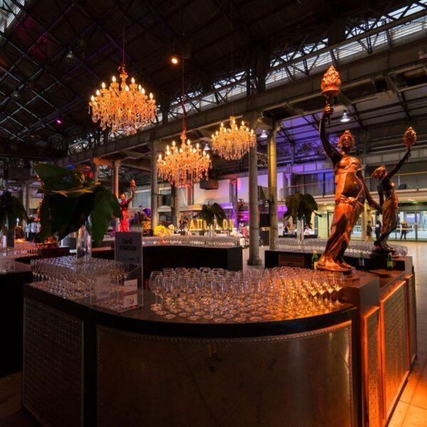 Large Circular Art Deco Bar -19198