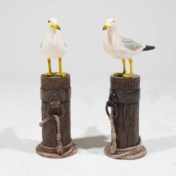 Seagull on Mooring Pole Statue-19407