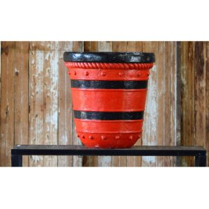 Red and Black Chinese Pot-0